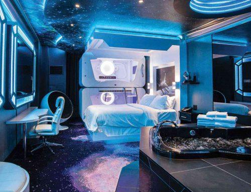 Virgin Galactic, planea hoteles en el espacio y viajes en la órbita lunar.